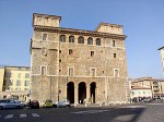 300px-Terni_-_Palazzo_Spada.jpg